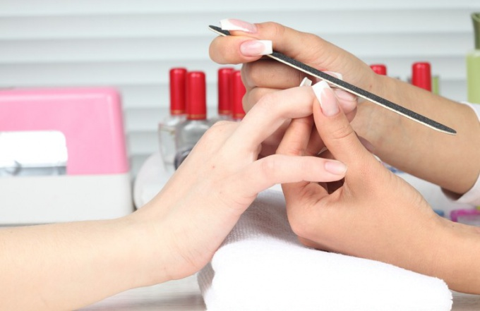 Как сделать короткие ногти красивыми