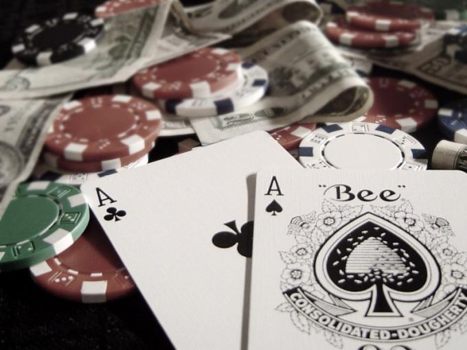 """Как играть в """"Покер шарк"""""""