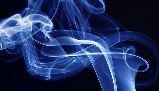 Почему дым поднимается вверх