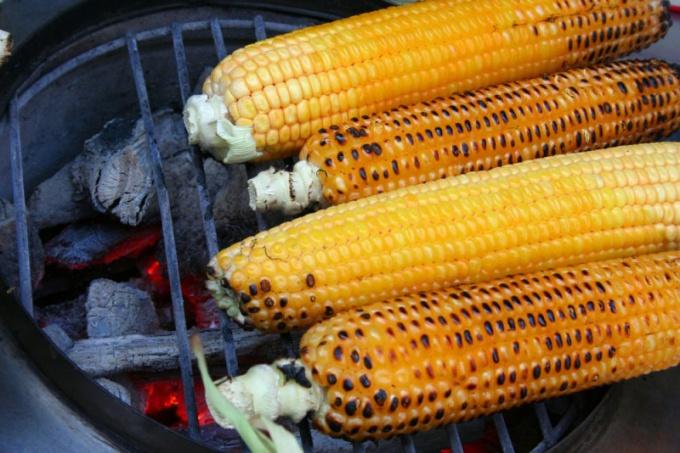 How to roast corn