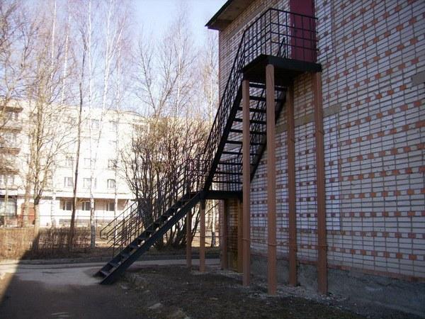 Как испытать лестницу