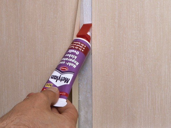How to clean glue off of the Wallpaper