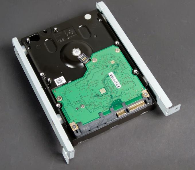 Как вставить жесткий диск в компьютер