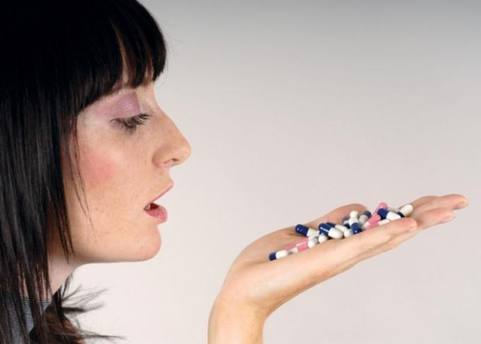 Как лечить грибок горла