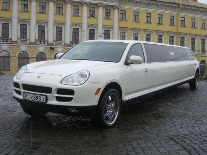 Как арендовать автомобиль напрокат для свадьбы