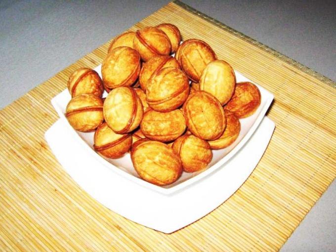 Как выпекать орешки