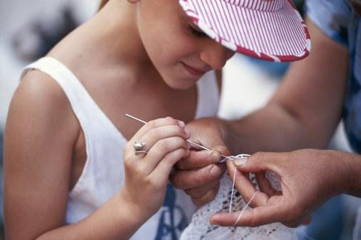 Как обучать вязанию детей