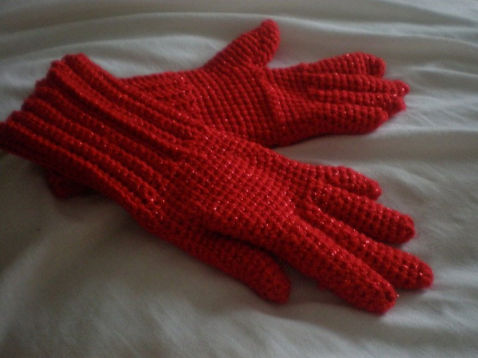 Как связать женские перчатки