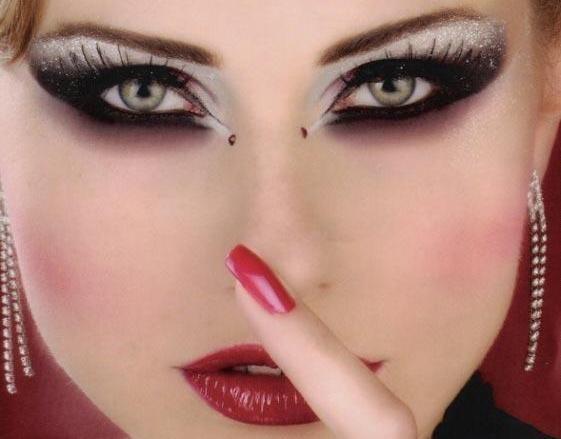 Как делать восточный макияж