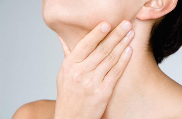 Как лечить сдернутый голос