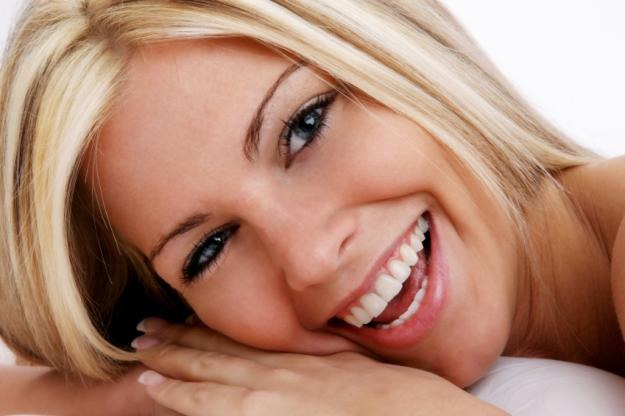How to whiten your teeth without a dentist