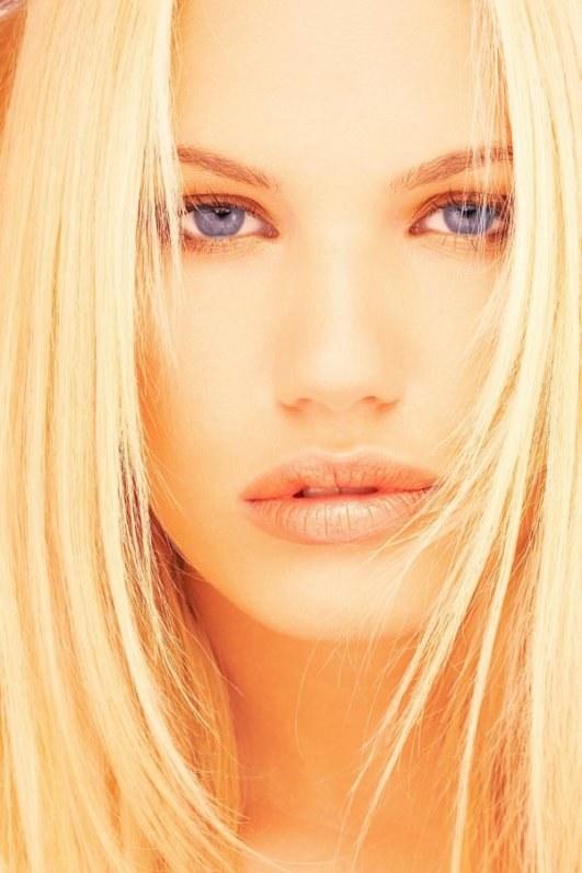 Как обесцветить волосы народными средствами
