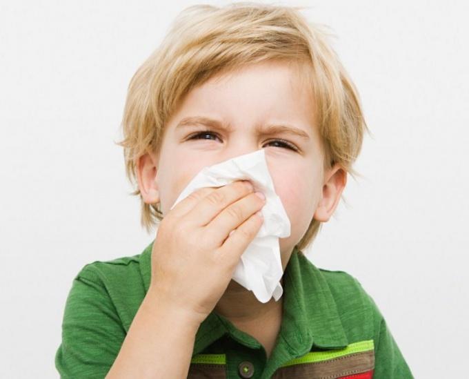 Как избавить ребенка от насморка