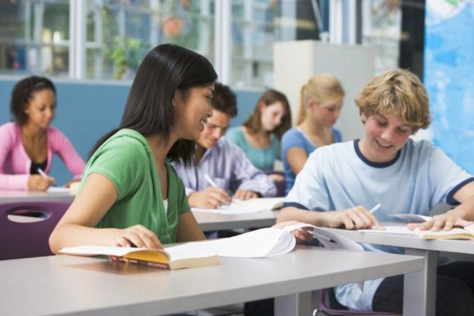 Как наладить отношения в классе