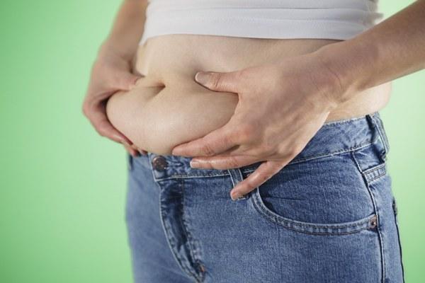 Как убрать жир с живота и спины