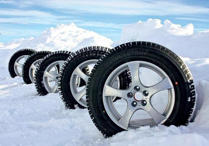 Как выбрать зимние колеса на внедорожник