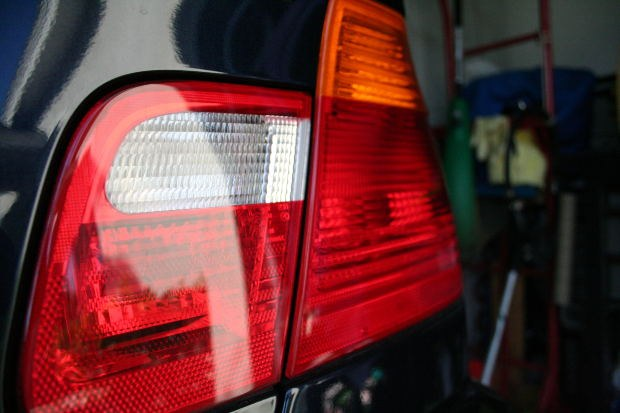 Как поставить камеру заднего вида на автомобиль