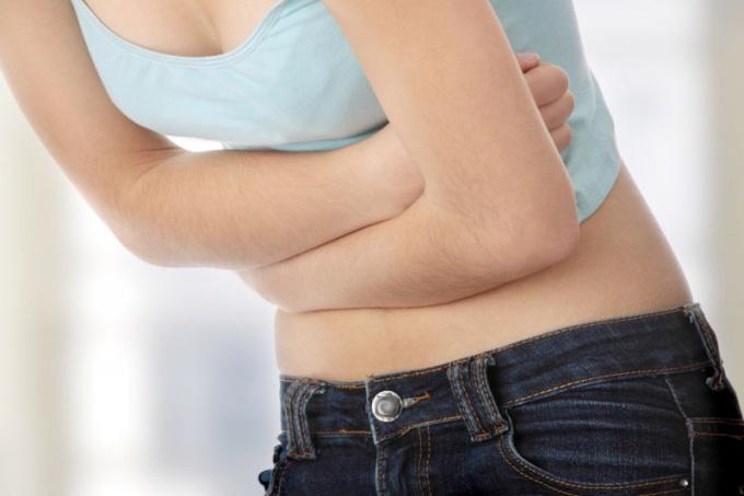 Как распознать симптомы гастрита