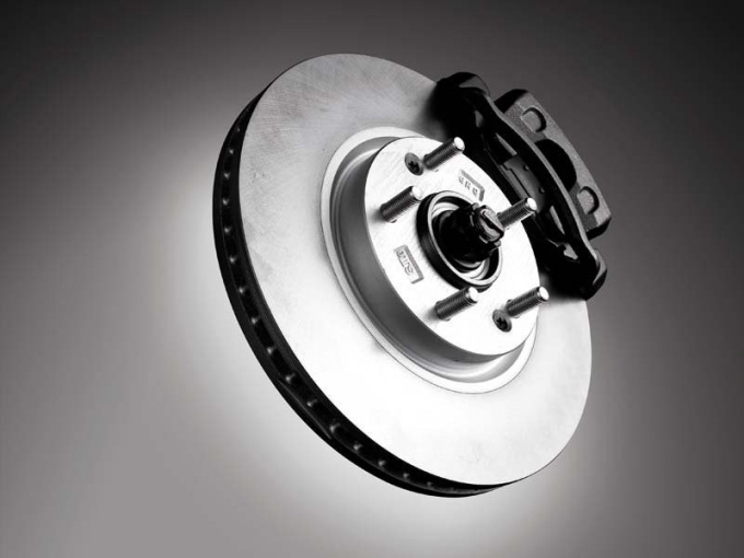 Когда нужно менять тормозные диски