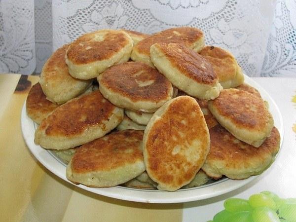 Как приготовить пирожки с зеленым чесноком