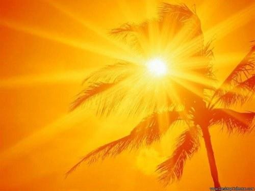 Почему солнце желтое