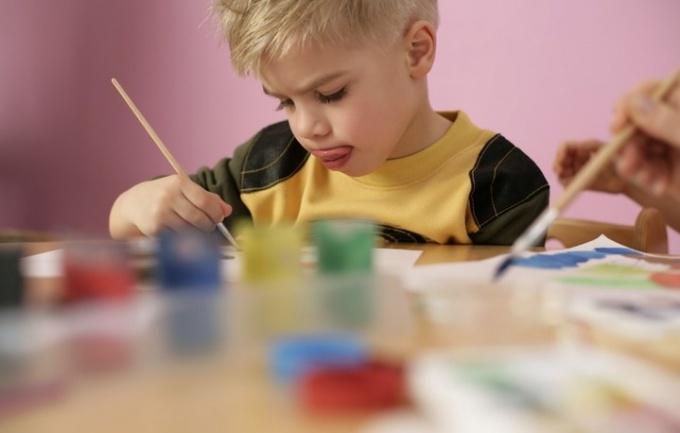 Как развивать детей одаренными