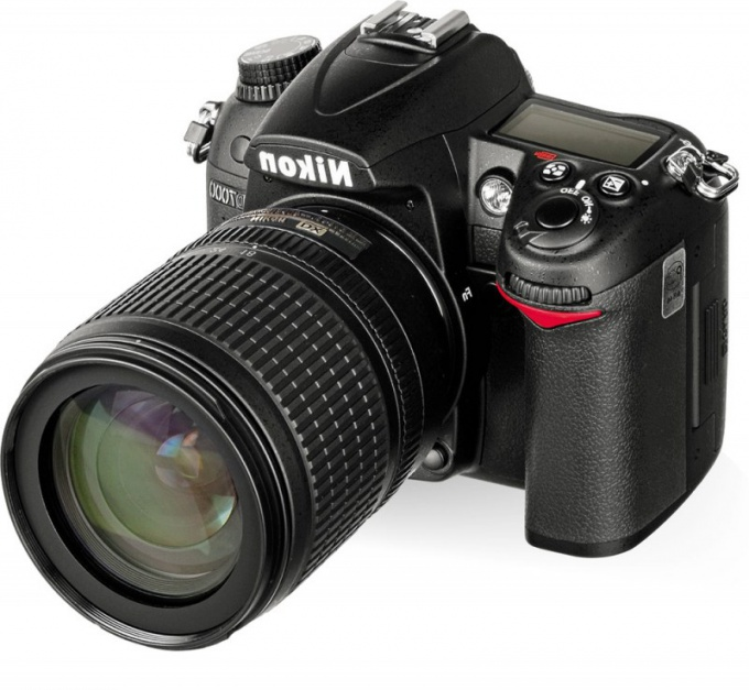 лучший фотоаппарат - тот, которым вам легко и удобно снимать