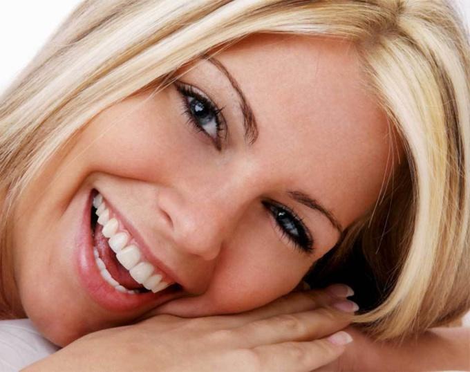 Белозубая улыбка служит показателем здоровья