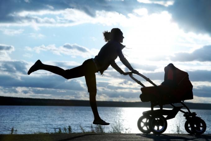 Молодая мама и хорошая фигура - понятия вполне даже совместимые