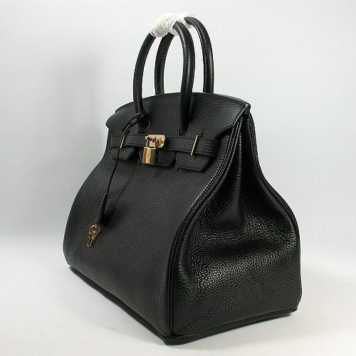Красивая элегантная сумка должна быть в гардеробе каждой женщины