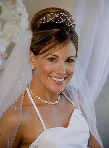 Подвенечная вуаль - не только дань традициям, но и стильный аксессуар невесты