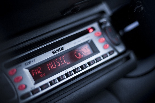 To decode a car radio in two ways. Which to choose, decide for yourself
