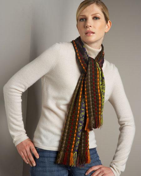 Самый просто способ завязываения шарфа.