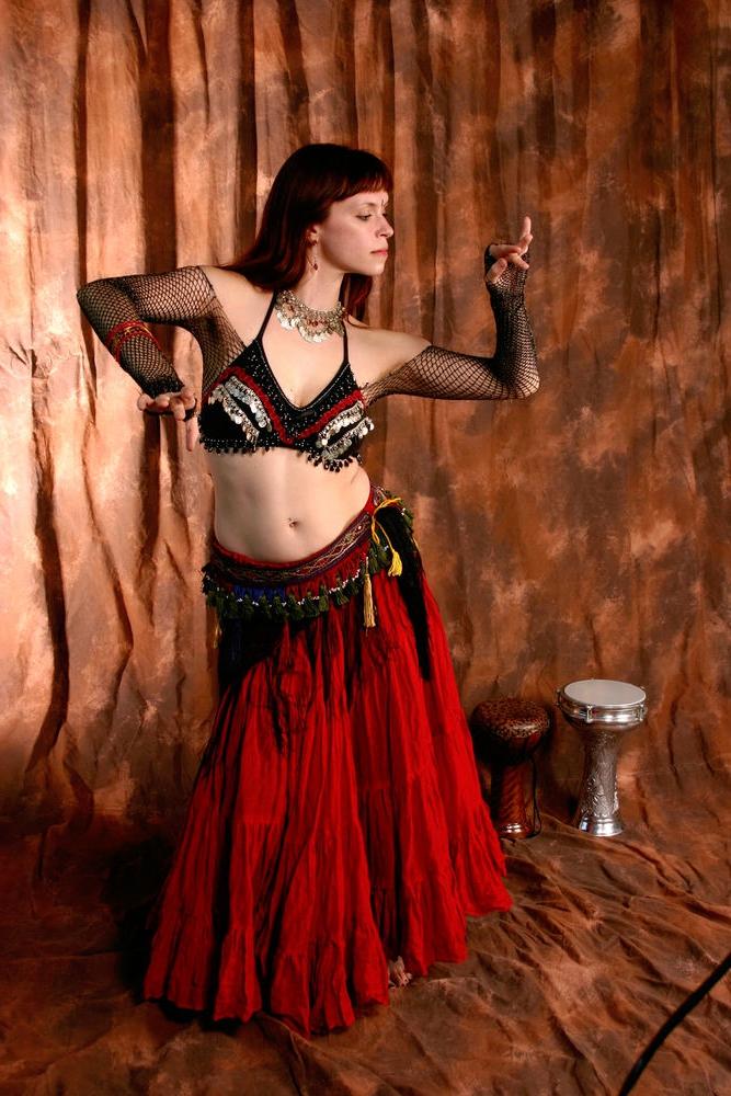 Восточный танец - это красиво и полезно
