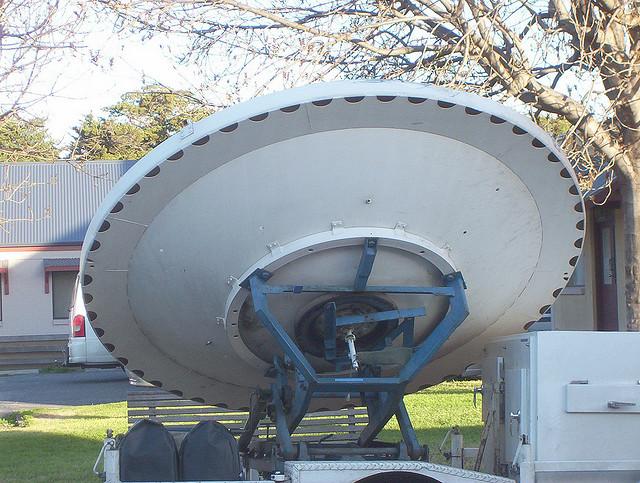 Satellite TV antenna do not have