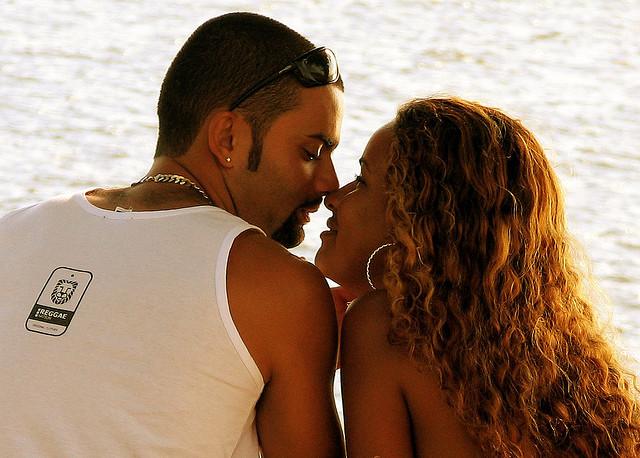 Любовь - это такое прекрасное чувство, что в нем нельзя не признаться
