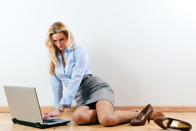 знакомство с девушками интернете психология