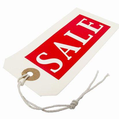 Любой покупатель счастлив сэкономить. Если вы ему в этом поможете, то покупательская лояльность будет ваша