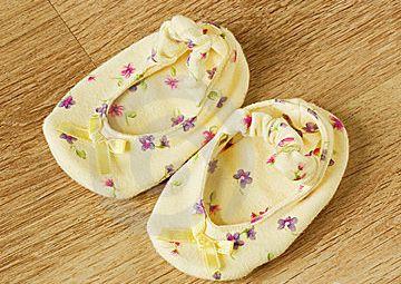 Пинетки можно сшить из остатков ткани