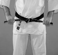 How to tie your belt in karate