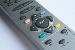Кнопки виртуального пульта в программе соответствуют кнопкам на обычном пульте от плеера