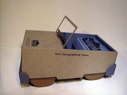 Простая обувная коробка может стать источником бесконечной радости для ребенка