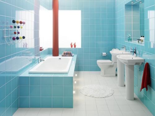 Отделка ванной керамической плиткой - это очень красиво и практично