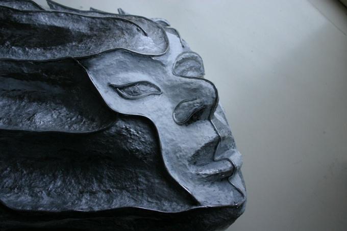 Из папье-маше можно делать оригинальные маски