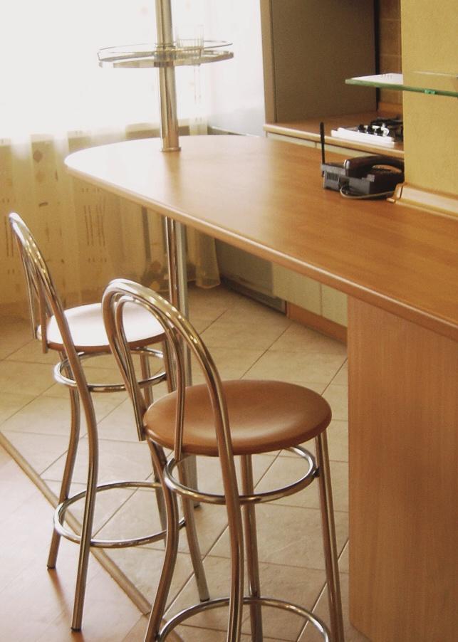 Барные стойки все чаще становятся частью домашнего интерьера