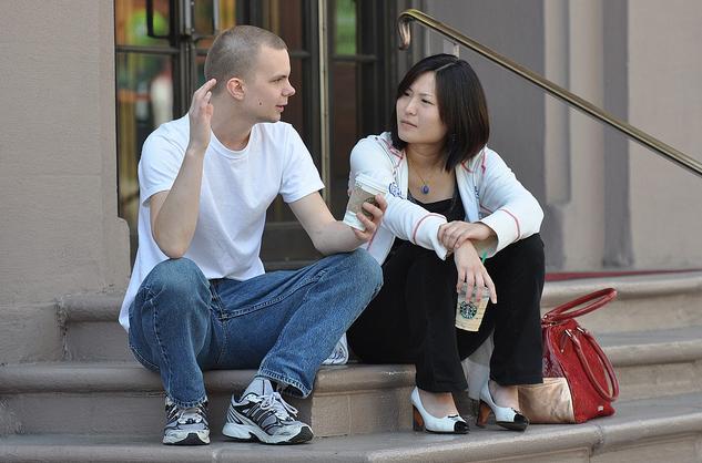 Заговорите с мужчиной на его любимую тему и через некоторое время вы узнаете о нем все