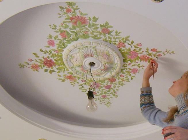 Роспись на потолке сделает ваш интерьер неповторимым