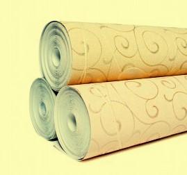 Флизелиновые обои легче клеить и удобнее использовать