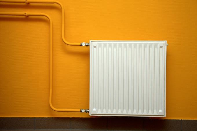 Как удалить воздух в системе отопления
