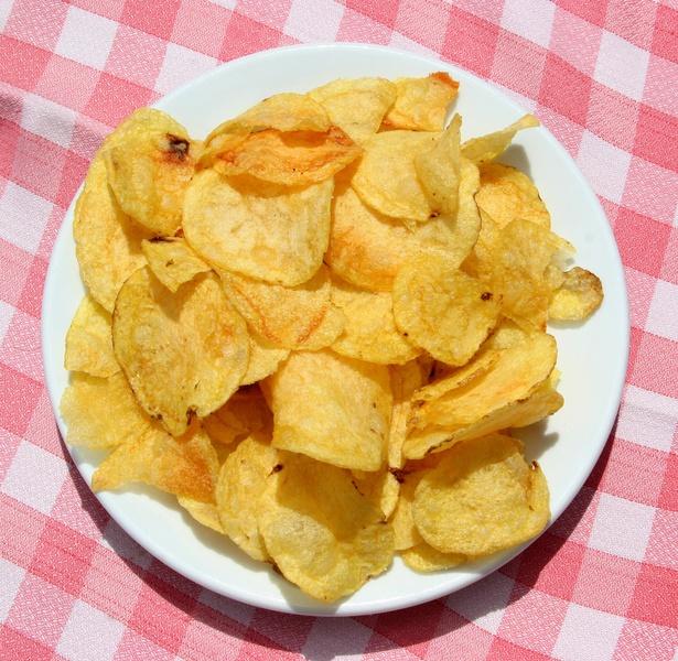 Чипсы можно делать не только из картофеля, но, например, из бананов